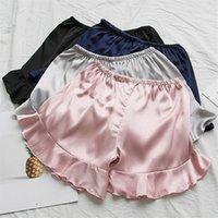 senhoras negras cuecas calções venda por atacado-2019 Mulheres de Verão Magro Shorts Shorts De Seda Calças Curtas Senhora Casual Preto Cinza Breve Feminino Anti-desgaste da luz Outwears WZ724