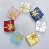 ingrosso imballaggio della scatola di data-24pcs / Confezione di bracciali anello quadrato della collana dell'orecchino data di cerimonia nuziale Jewelry Box regalo fragile Solid Colour Jewelry Box all-ingrosso