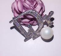 venta de broches al por mayor-Broche de moda fabricantes de broches de moda venta directa flor perla broche retro conjunto de joyas simples de diamantes al por mayor