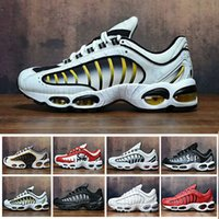 Wholesale 2019 newest Mens Designer Tailwind IV Plus Tn running Shoes chaussure homme tn kpu Outdoor Shoes Trainers Sports Sneakers Size PP77A