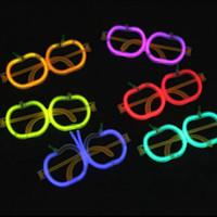 presentes do partido da novidade venda por atacado-Crianças LEVOU Palha Óculos Fluorescentes Partido Moda Novidade Óculos Luminosos Natal Halloween Crianças Brinquedos Presente Do Partido TTA928