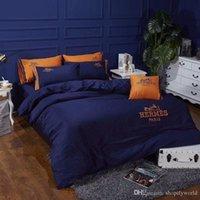 fundas de edredón azul de la moda al por mayor-Azul marino bordado cama cubierta traje diseñador de lujo estilo europeo ropa de cama algodón boutique de moda funda nórdica