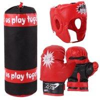ingrosso scatola del guanto dei bambini-Bambini Boxing sacco da boxe Guantoni da boxe Casco Set Accessori Fitness bambini Esercizio Sandbag Kit Kids Toy fitness