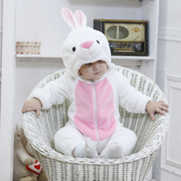 sıcak kigurumi toptan satış-Giydir 2019 Sıcak Bebek Beyaz Tavşan Bunny Kostüm Kigurumi Karikatür Hayvan Tulum Bebek Yürüyor Tulum Flanel Cadılar Bayramı Fantezi Elbise