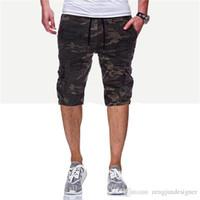 camuflagem roupas shorts venda por atacado-Os homens Short Pants Verão Designer Camuflagem Imprimir cordão Homme estilo de roupa Moda Hip Hop Vestuário Casual