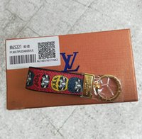 Wholesale fashion keychains resale online - 2018 high qualtiy Luxury Keychain Cirle Fashion Car Keychains Stainless Steel Designer Keychain for Gifts Box can shose Fast Ship RT011C