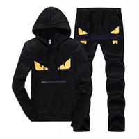 erkekler için siyah beyaz hoodie toptan satış-Erkekler Spor Hoodie Ve Tişörtü Siyah Beyaz Sonbahar Kış Jogging Yapan Spor Suit Erkek Ter Takım Elbise Eşofman Set Artı Boyutu M-4XL 418-14