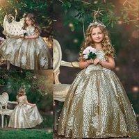 arcos de lantejoulas de ouro venda por atacado-2019 Bling Ouro Lantejoulas Flor Meninas Vestidos de Lantejoulas Apliques Sem Mangas Arco Floral Vestidos de Aniversário Primeira Comunhão Meninas Pageant Vestidos