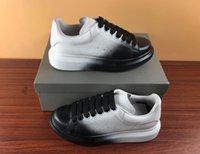 italyan moda ayakkabıları toptan satış-En kaliteli lüks tasarımcı Ayakkabı boy adam kadınlar için sneaker gerçek deri refective tasarımcı ayakkabı Moda Rahat İtalyan sneaker