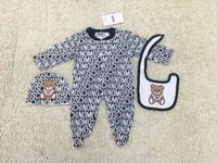 niños marcas de ropa de dibujos animados al por mayor-3pcs de bebé Romper letras de la historieta de impresión oso monos recién nacidos niños pequeños Mono / Romper niños marca de ropa Envío libre