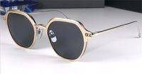 óculos escuros óculos escuros venda por atacado-Nova designer de moda óculos de sol 812 rodada quadro simples flip óptico dual-use estilo popular proteção uv400 atacado óculos de qualidade superior