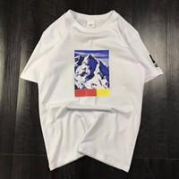 xxl t kadın tişörtleri toptan satış-Üç Modelleri Ile Yaz T Gömlek Mektup Kar Dağ Erkekler Tops giyim Ekip Boyun Casual Kadın Kısa Kollu Gömlek M-XXL