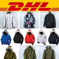 casacos com capuz para as mulheres venda por atacado-Top ganso inverno para baixo com capuz jaqueta de camuflagem padrão China Canada nos homens mulheres zíperes quente jaqueta exterior casacos