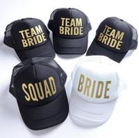 kamalı kamyon şapka kadınlar toptan satış-Kadınlar için GROOM Snapback Şapkalar Gelin Kamyon Şoförü Şapka Neon Takım Gelin Örgü Kamyon Şoförü Şapka Kap Bekarlığa Veda Partisi Düğün Snapback boyutu 52 cm-56 cm