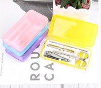 ingrosso trimmers di plastica-Set di strumenti per unghie trimmer per unghie in plastica Set di scatole in plastica per unghie 4 pezzi in acciaio inox Set di strumenti per unghie Set di forbici per unghie Manicure