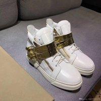 ingrosso stili di catena in oro bianco-scarpe sportive in pelle di alta qualità con catena in fibbia dorata da uomo donna scarpe da viaggio con sneakers alte in stile bianco