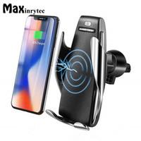 подзарядка автомобильного телефона оптовых-Автоматический датчик Автомобильное беспроводное зарядное устройство для iPhone XS Max Xr X Samsung S10 S9 Интеллектуальный инфракрасный быстрая беспроводная зарядка Автомобильный держатель телефона