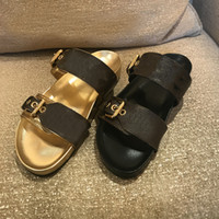 Summer luxury woman beach Cartoon Big Head slippers Classic Leather Flat Belt buckle sandals Hotel Bath platform men Slides Designer women shoes size 35-42-45 With box