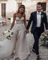 vestido de noiva de corset puro venda por atacado-Sheer Strapless Corset Vestido Plissado Vestidos De Noiva De Tule Adornado Frisada De Cristal Vestidos De Noiva Encrustado Dramática Apliques robe de mariee