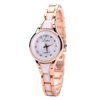 koreanische modell damen großhandel-Damen Armbanduhr 2109 Explosion Modelle koreanische Mode Trend Damen Quarzuhr