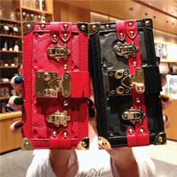 ingrosso casi di borse in pelle-Rivet Real Folio Portafoglio in pelle vegan frizione borsa fondina copertura del telefono cordino per iPhone X 6 7 8 plus XS MAX XR