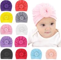 I più nuovi cappelli di berretti di bambino con decorazione di nodo  accessori di capelli delle ragazze dei bambini Turban Knot Head Wraps Bambini  Bambini ... 38eabe456d37