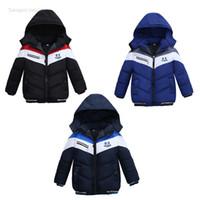 abrigo de patchwork niños al por mayor-los niños al por menor abrigos de invierno de los niños diseñador de patchwork de lujo gruesas chaquetas con capucha acolchadas abajo cubren la chaqueta de los niños outwear la ropa de moda
