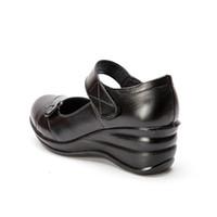nuevo estilo de calzado plano al por mayor-Venta caliente-2019 nuevo otoño zapatos de cuero hechos a mano zapatos de mujer zapatos casuales zapatos de mujer zapatos de deslizamiento en el calzado de cuero de estilo de coche