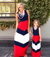 vestido de miúdos da mamã venda por atacado-2019 mãe e eu família combinando mãe filha vestidos roupas listrado mãe e filha vestido crianças pai criança roupas