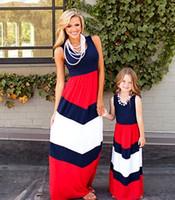 ingrosso i bambini di mamma veste-2019 Mommy and me famiglia corrispondenza madre figlia abiti vestiti a strisce mamma e figlia vestito bambini genitore bambino abiti