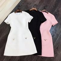 beyaz pembe elbise kısa toptan satış-Milan Pist Elbise 2019 Beyaz / Siyah / Pembe Kısa Kollu Kadın Elbise Tasarımcısı V Vestidos De Festa 28922
