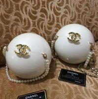 bolsas de perlas negras al por mayor-1PCS bolso de bola perla blanca embrague de la manera Monedero de lujo bolso para mujer del bolso del regalo VIP monedero partido muy bonito y Negro