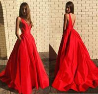 balo elbisesi boyun sırtı tasarımı toptan satış-Cepler vestido de formatura ile 2020 Seksi Tasarım Saten Balo Örgün Gelinlik Illusion V yaka Geri Parti Abiye