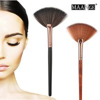 Wholesale fan shaped for sale - Group buy 1pcs Fashion Fan Shape Makeup Brush for Cosmetic Face Powder Foundation Eyeshadow Make up Brushes Beauty Makeup Tool