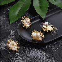 ingrosso guscio di perle barocco-Design di minoranza europea e americana Orecchini barocco di perle irregolari a forma di perla per orecchini femminili con orecchini a clip esagerati retrò