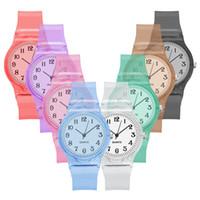 простые красочные часы оптовых-Мода Повседневная Творческий мультфильм Простой пластиковый прозрачный Женщина Часы красочные Симпатичные Леди Женщины Кварцевые аналоговые наручные часы