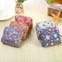 Wholesale small floral canvas prints for sale - Group buy Ladies coin purse new design floral printed zipper bags portable small pocket headset line pouch lipstick bag for girl gift