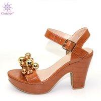 zapatos a juego bolsas marrón al por mayor-Bombas de alta Brown con diamantes de imitación boda Zapato femenino sin cumplir ninguna bolsa de zapatos Itlian popular en África