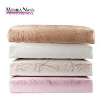 manicure almofada almofada venda por atacado-Monika PU Mão De Couro Resto para Unhas Almofada Prego Travesseiro Titular Mão Braço Resto Manicure Nail Art Acessórios Ferramenta