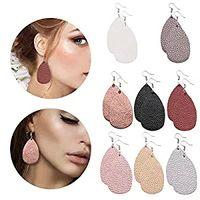 pendientes de cuero al por mayor-8 pares de pendientes de cuero Pendientes ligeros de piel sintética de imitación Pendientes de gota de lágrima para mujeres