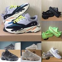 calzado deportivo para niñas al por mayor-New Kids Shoes Kanye West V2 Wave Runner 700 zapatillas de chicas 500 del niño del niño zapatillas de deporte del instructor de los niños los zapatos atléticos Negro Rojo