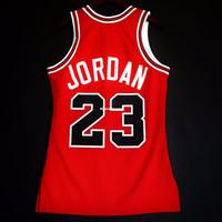 chaleco de baloncesto rojo al por mayor-Barato 100% cosido Michael # 23 Mitchell Ness 1985-1986 para hombre al por mayor Jersey Niños Jóvenes chaleco XS-6XL cosido rojo de baloncesto NCAA Jerseys