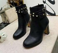 botines de zapatos de cuero al por mayor-Nuevas mujeres de lujo Martin Rivet Lichee Cow Leather Chunky Heel 8CM Cowboy Booties Ms Ladies Shorts Casual Shoes SZ35-40