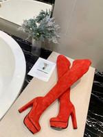 ventas de invierno zapatos para correr al por mayor-Running Venta al por mayor-caliente 2019 Zapatos de tacones sexy sobre la rodilla Cuero alto Moda Mujer Plataforma de punta redonda Botas de invierno Otoño
