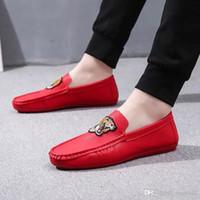 zapatos de niño pintados al por mayor-Zapatos de guisantes pintados Zapatos sociales de verano para niños Zapatos perezosos para el hombre Ocio Zapatos hermosos Modelo animal de la juventud temperamento