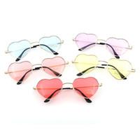 marcos de gafas de corazón al por mayor-Gafas de sol Gafas de caleidoscopio Gafas de sol reflectantes para el corazón Gafas para mujeres Con forma de sol Amor Moda Mujeres Gafas de sol Marcos de metal