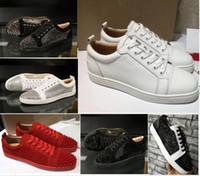 nuevos zapatos de vestir de gamuza al por mayor-Calidad superior de 2019 nuevos de la llegada inferiores del rojo para hombre zapatos de las mujeres ante de la manera con los puntos de los holgazanes de los remaches botas de ropa informal de pisos zapatillas de deporte de lujo