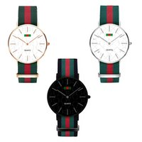 reloj de lujo hombres delgados al por mayor-Reloj de lujo Moda Nylon Reloj ultrafino Reloj neutro Simple Rojo Verde Rayas Correas Unisex Mujeres Hombres Relojes de pulsera 36MM 40MM C71702