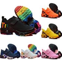 siyah sıcak kız toptan satış-Nike Mercurial Air Max Plus Tn sıcak Bebek Çocuk Tn Koşu Ayakkabıları Hava Gri Beyaz Siyah Çocuk Spor Ayakkabı Toddler ayakkabı tasarımcısı Artı Gökkuşağı Erkek Kız Tns Sneaker