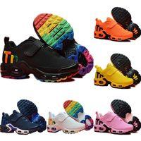 zapatillas blancas para niños al por mayor-Nike Mercurial Air Max Plus Tn Zapatos para correr Air Grey Blanco Negro Niños Zapatos deportivos Zapatos de diseño para niños pequeños Plus Rainbow Boy Girl Tns Sneaker